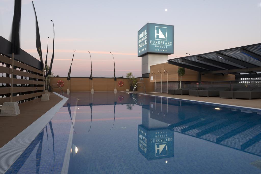 Hotel Palace piscina